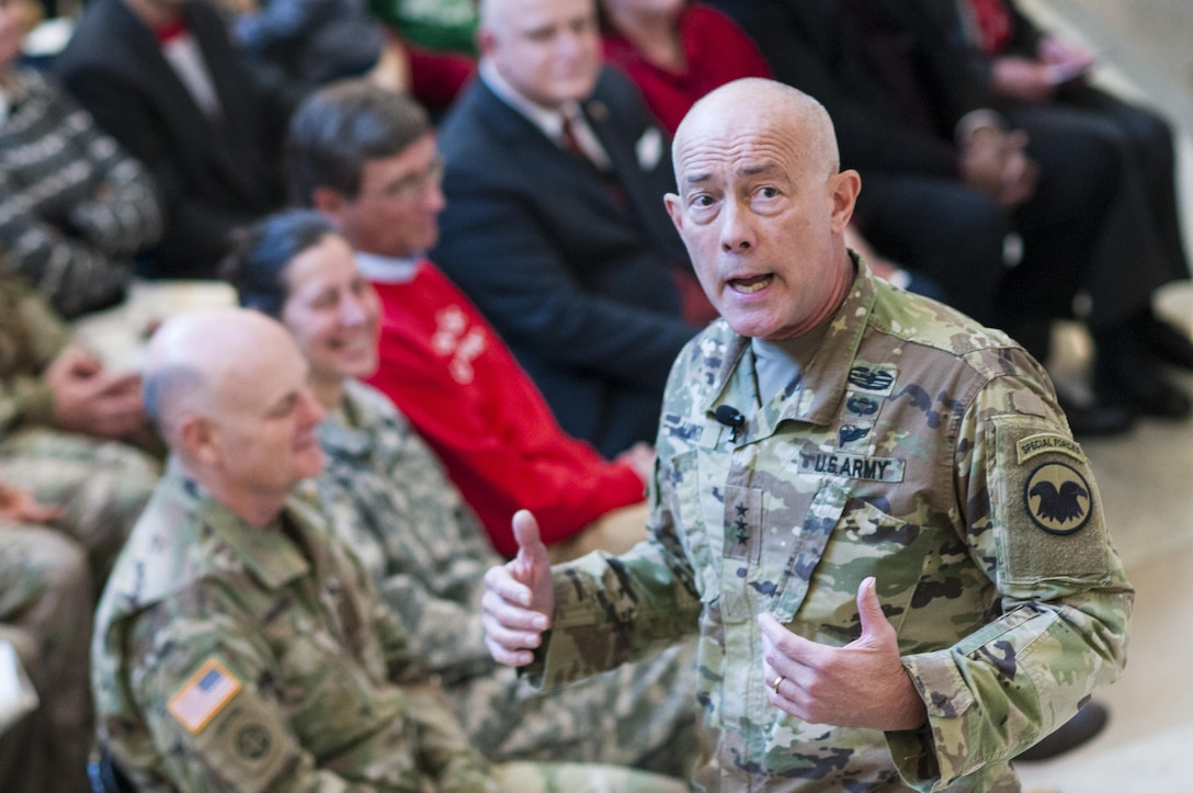 LTG Charles D. Luckey, Chief, U.S. Army Reserve and Commanding General, U.S. Army Reserve Command, addresses Soldiers and civilians during the USARC Holiday Open House and Tree Lighting ceremony, Dec. 9, 2016. USARC Soldiers and civilians took time out to celebrate the season and fellowship with each other. (U.S. Army photo by Timothy L. Hale/Released)