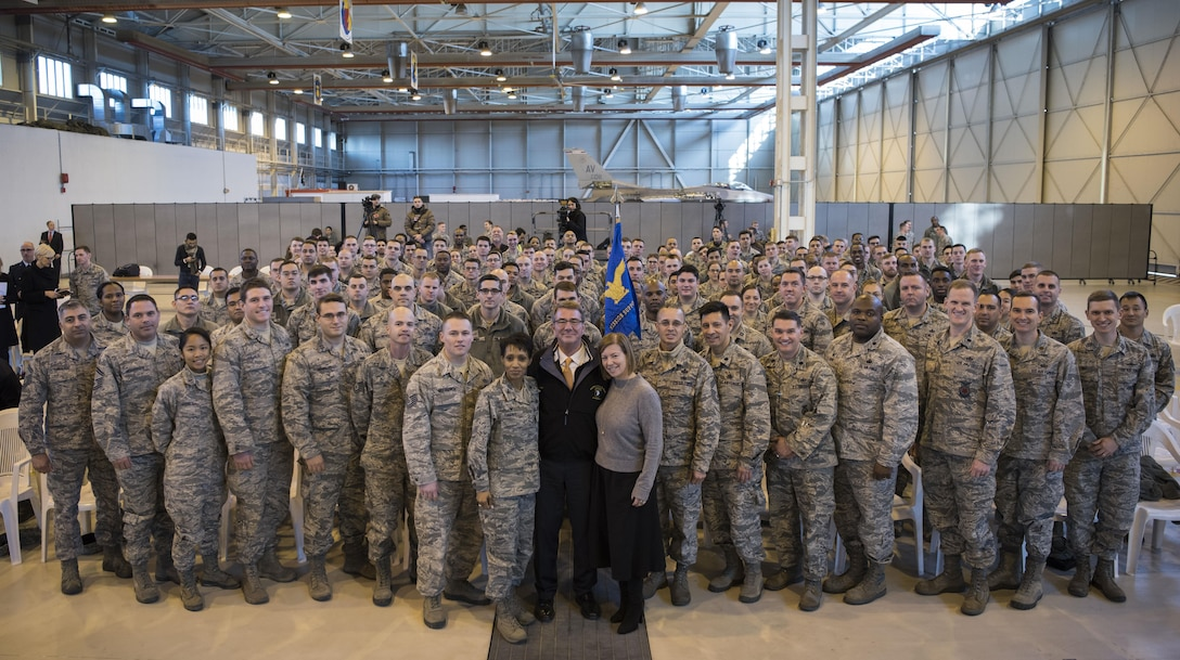 Defense Secretary Ash Carter poses for a picture with airmen assigned to the 31st Mission Support Group at Aviano Air Base, Italy, Dec. 13, 2016. DoD photo by Air Force Tech. Sgt. Brigitte N. Brantley