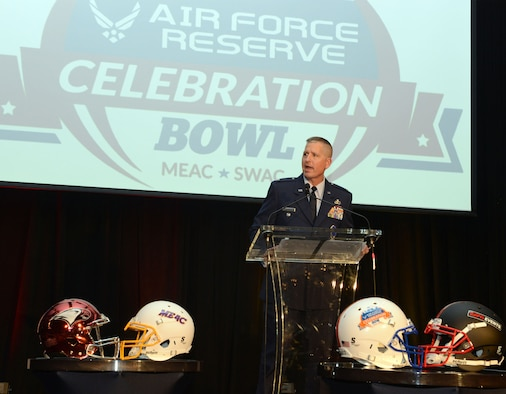 Col. Tim Martz, vice commander,Air Force Reserve Command Recruiting Service, givves a welcome speech to the Grambling State and North Carolina Central football teams at a dinner Wednesday night, welcoming teams to the 2016 Air Force Reseerve Celebration Bowl. Martz compared the Air Force coe values to those of the the teamrs and that each had shared values. He also congratulated the coaches and administrations of each school. He received a large applause when he told the teams that the game would be covered on the Armed Forces Network and told them how important it is to have a taste of home when deployed. The game kicks off at noon at the Gerogia Dome in Atlanta and will be aired on ABC. (Air Force photo/Master Sgt. Chance Babin)