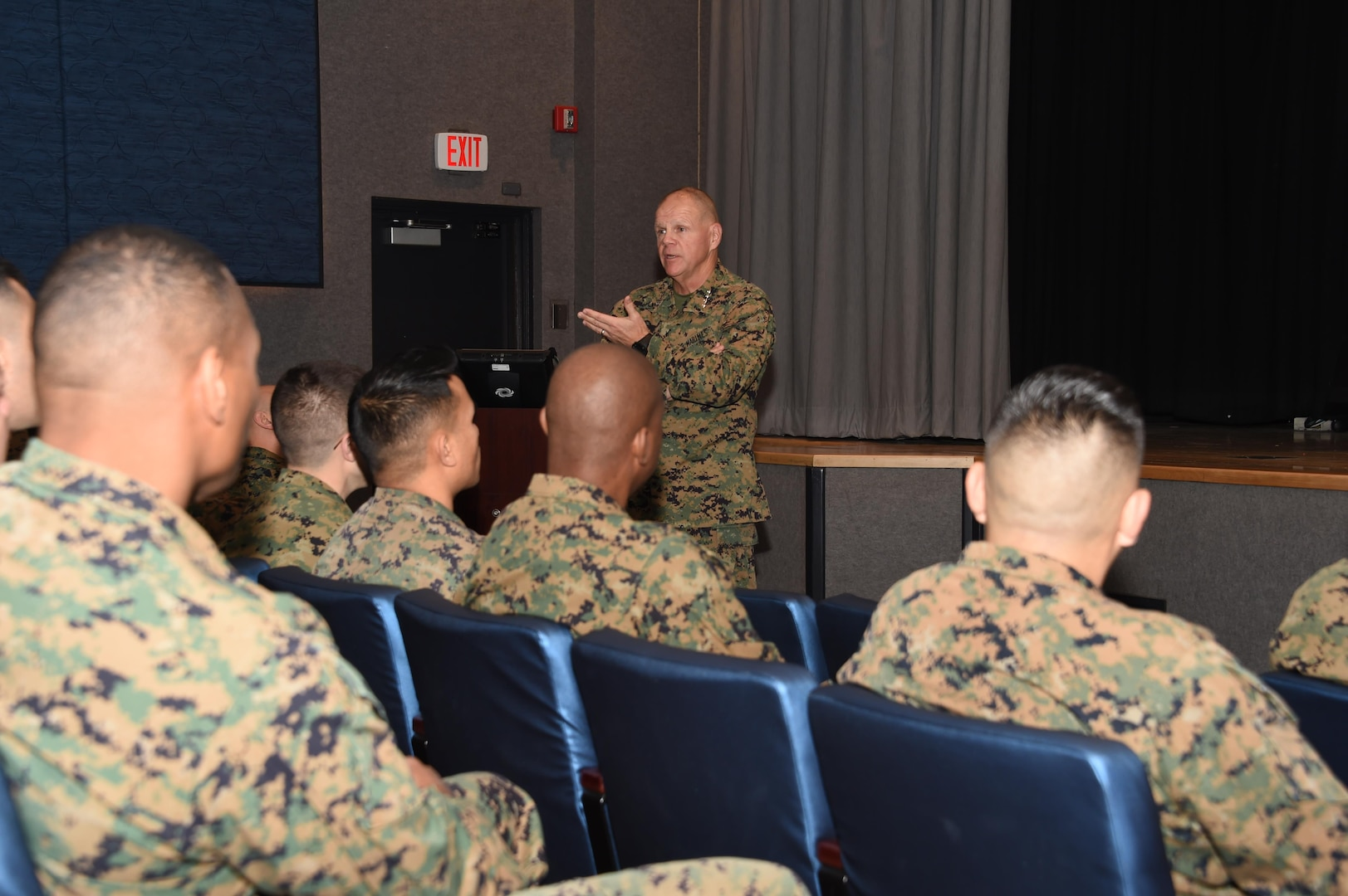 U.S. Marine Corps Gen. Robert B. Neller, Marine Corps commandant, visited U.S. Strategic Command (USSTRATCOM) at Offutt Air Force Base, Nebraska, Dec. 14, for a command orientation and discussions with U.S. Air Force Gen. John E. Hyten, USSTRATCOM commander, and other senior leaders. While here, Neller toured the USSTRATCOM Global Operations Center and received capabilities and integration briefings on nuclear command, control and communication, space, electronic warfare, and cyber. Neller also held an All Hands Call with Marines assigned to USSTRATCOM headquarters. One of nine DoD unified combatant commands USSTRATCOM has global strategic missions, assigned through the Unified Command Plan, which include strategic deterrence; space operations; cyberspace operations; joint electronic warfare; global strike; missile defense; intelligence, surveillance and reconnaissance; combating weapons of mass destruction; and analysis and targeting.