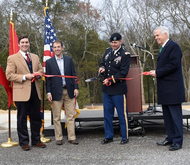 (Left to Right) D. Edwin Jernigan, Murfreesboro Parks and Recreation Commission chairman; Murfreesboro Mayor Shane McFarland; Lt. Col. Stephen Murphy, U.S. Army Corps of Engineers Nashville District commander; and former Tennessee District 6 Congressman Bart Gordon cut a ribbon to celebrate the completion of the North Murfreesboro Greenway Project during a ceremony Dec. 14, 2016 in Murfreesboro, Tenn.