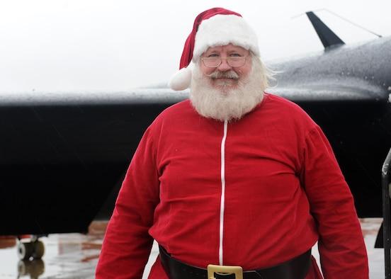 Santa Claus poses for a photo Dec. 10, 2016, at Beale Air Force Base, California. (U.S. Air Force photo by Senior Airman Ramon A. Adelan)