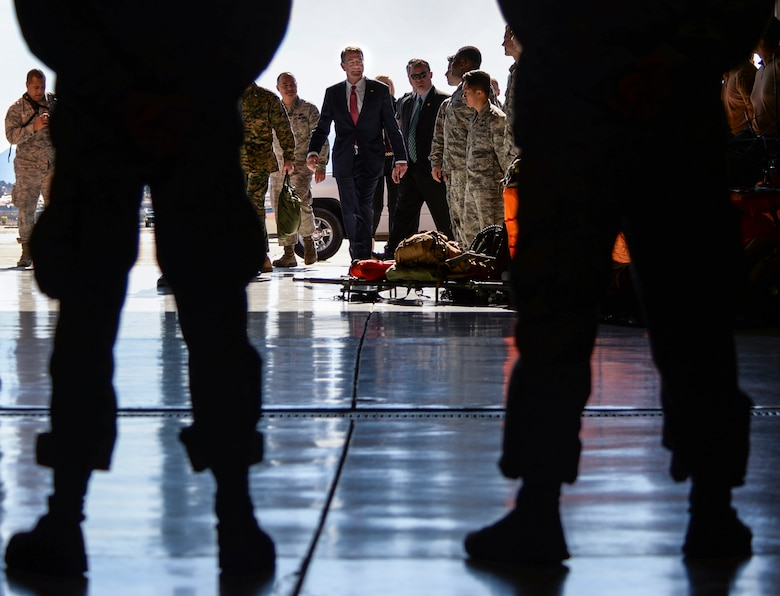 nellis afb single muslim girls F-16 thunderbirds pilot dies in crash near nellis air force base the single-engine dunford pushes services to move faster on body armor fitted for women.