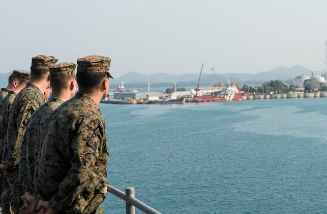 160205-N-RM689-045