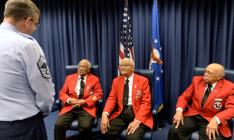Tuskegee Airmen former Cadet William Fauntroy Jr., retired Col. Charles McGee and former Cadet Walter Robinson Sr. meet to share their stories with Airmen at the Pentagon Feb. 16, 2016. (U.S. Air Force photo/Scott M. Ash)