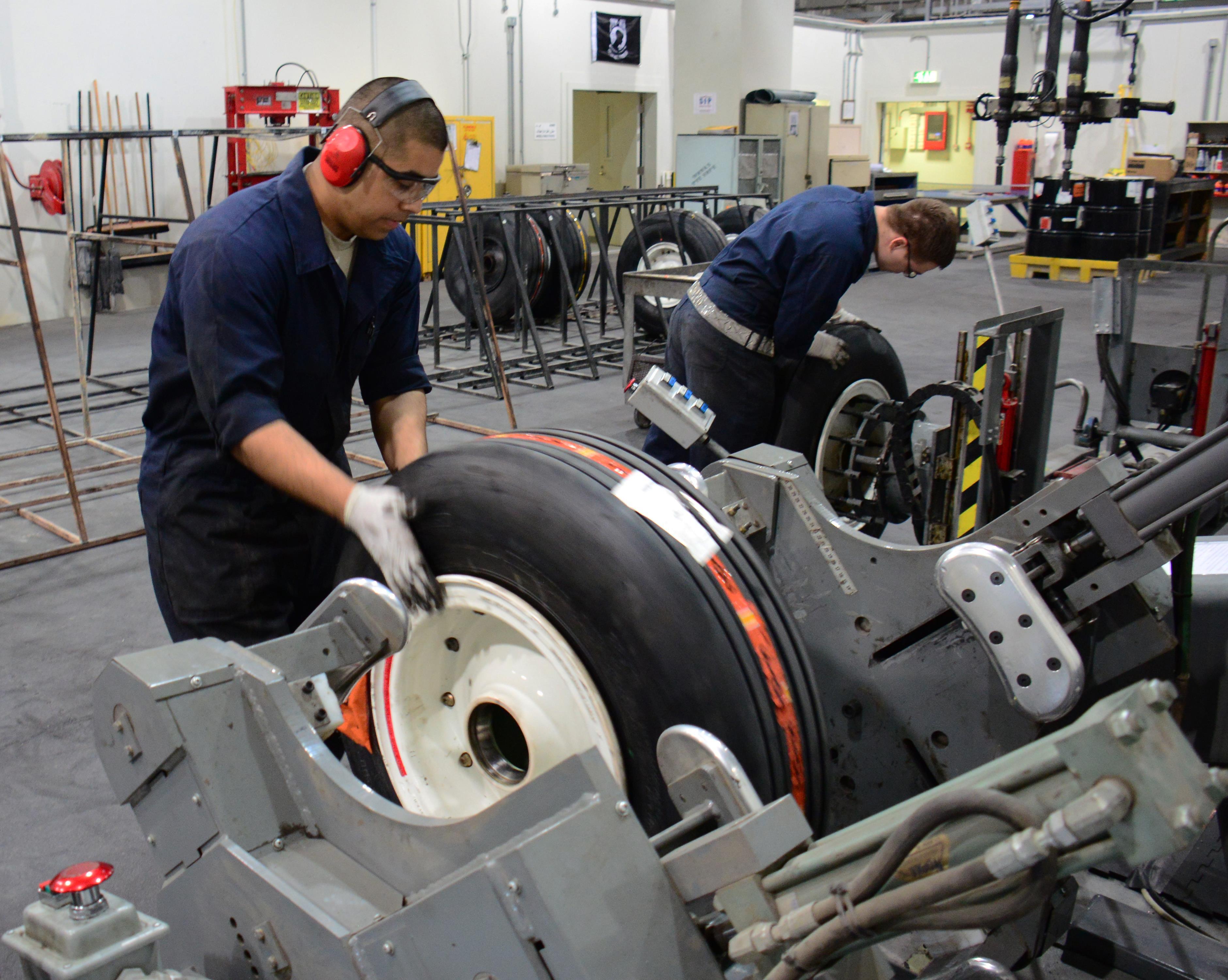 al udeid shop operates most productive wheel tire repair al udeid shop operates most productive wheel tire repair facility