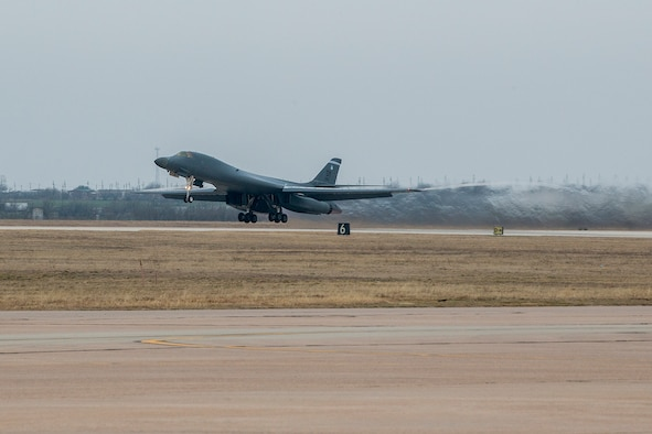 A 7th Bomb Wing B-1 Lancer takes off for a training mission on Feb. 20, 2016, Dyess Air Force Base (AFB), Texas. The aircraft is flown by an aircrew comprised of Airmen from the 7th Bomb Wing's 28th Bomb Squadron, and the Air Force Reserve Command's 489th Bomb Wing at Dyess, which is assigned to 307th Bomb Wing at Barksdale AFB, La. (U.S. Air Force photo by Master Sgt. Greg Steele/Released)