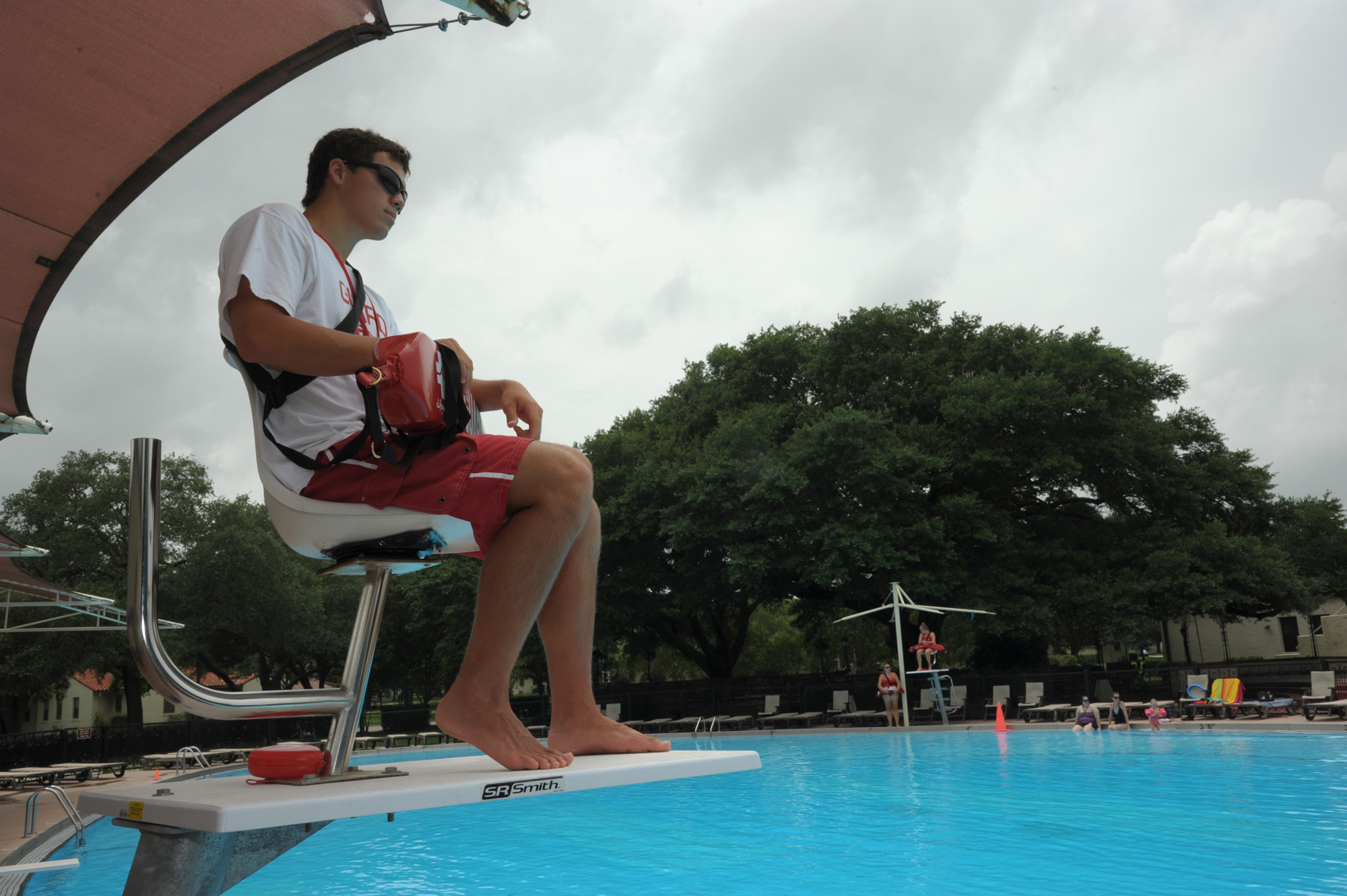 Jbsa To Train Pool Of Lifeguards In March Gt Joint Base San