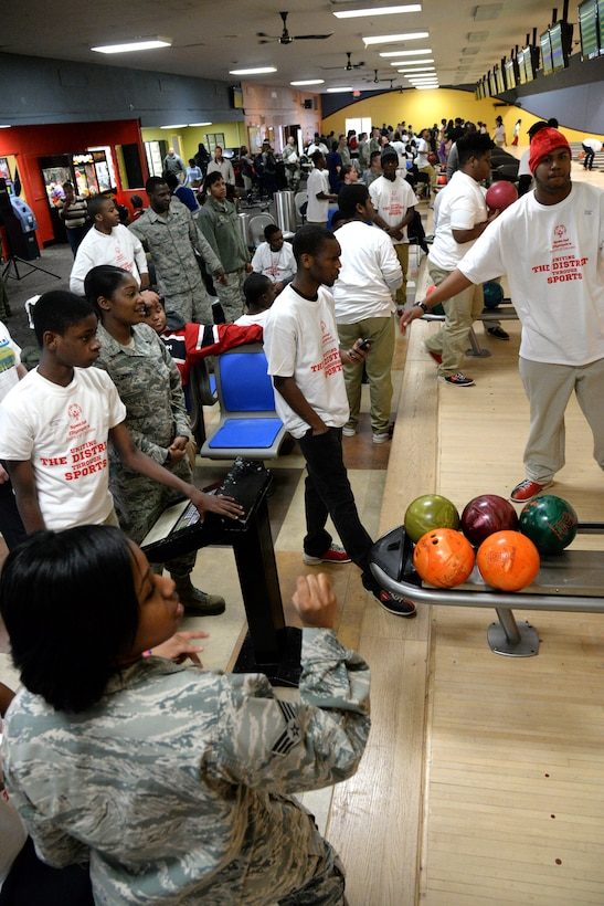 Military members from all branches of service assist athletes during the D.C. Special Olympics Bowling Championship in Hyattsville, Md., Feb. 25, 2016. More than 70 Airmen from across the National Capital Region volunteered to support athletes competing in the event. (U.S. Air Force photo/Tech. Sgt. Matt Davis)