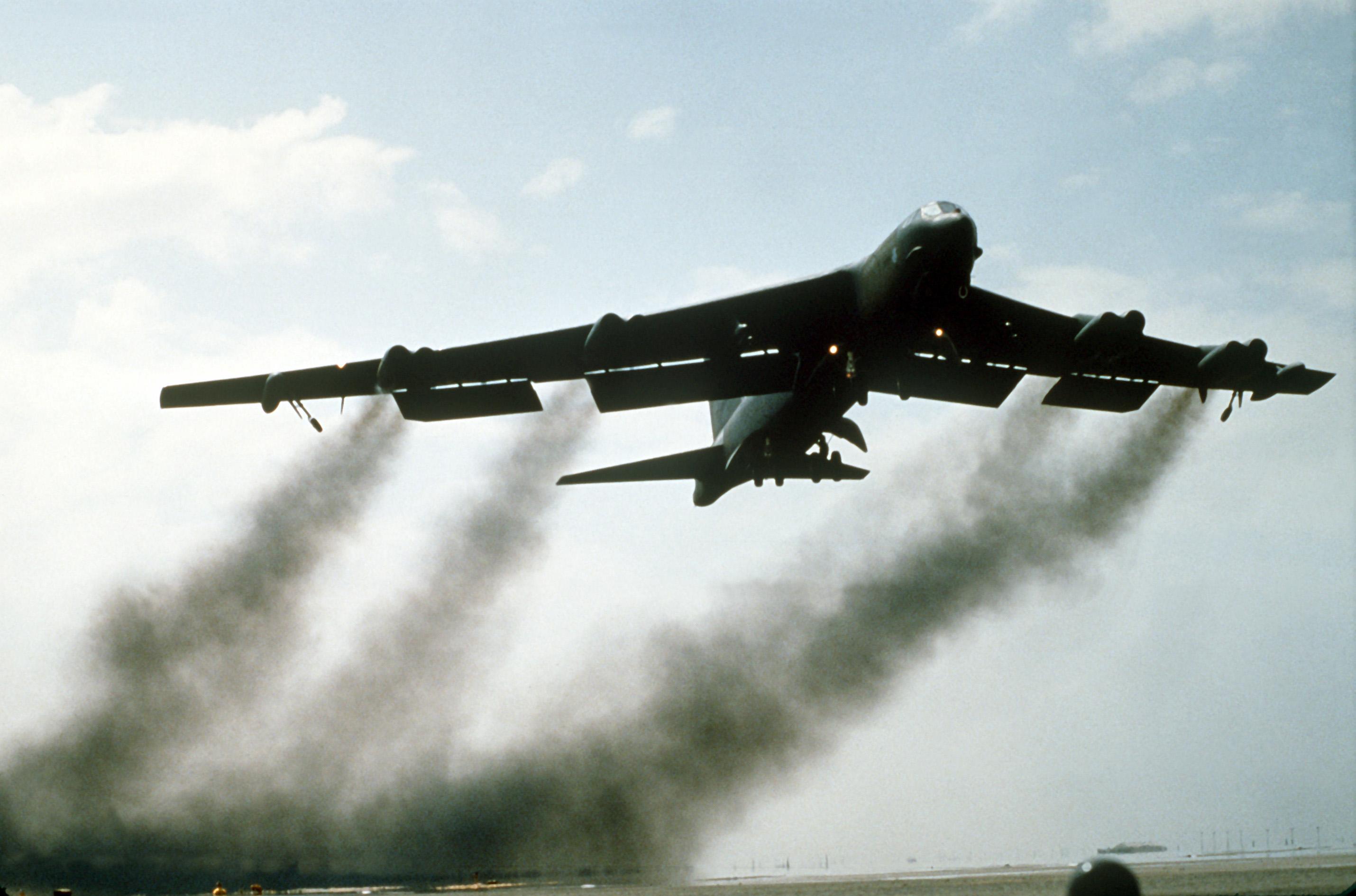 desert storm Luchtoffensief: operatie desert storm coalitie-interventie begint na diplomatiek.