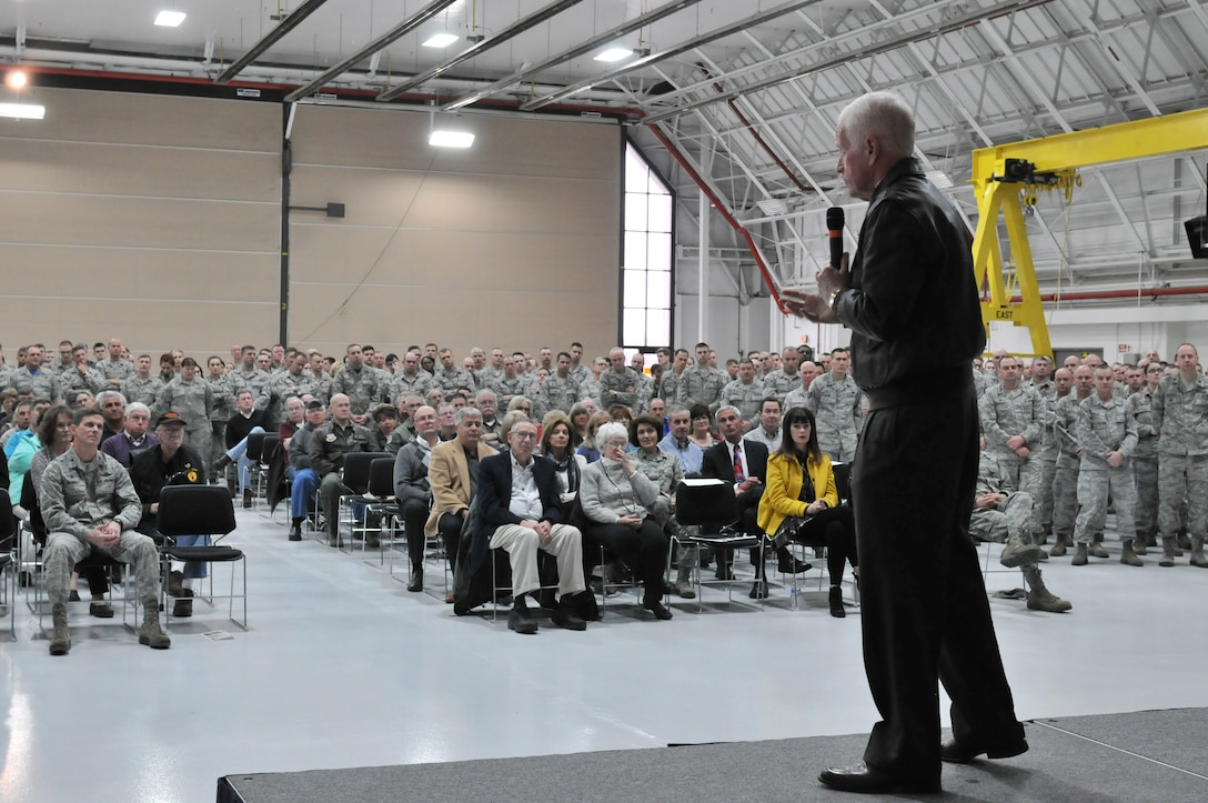 Retired Maj. Gen. Michael Hall, former wing commander of the 174th Tactical Fighter Wing, speaks to Hancock Field Air National Guard members and their guests during a ceremony recognizing former and current unit members that were deployed during Operation Desert Storm Jan. 9. (U.S. Air National Guard photo by Senior Airman Duane Morgan/Released)