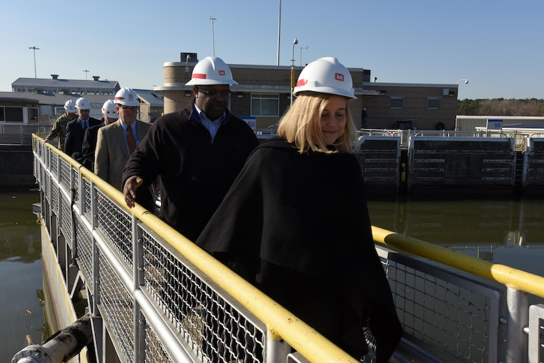 Nashville Mayor Megan Barry walks across the upper navigation lock gate during a tour of Old Hickory Dam Jan. 14, 2016.  The U.S. Army Corps of Engineers Nashville District invited the newly elected mayor to learn about Corps missions and respond to her questions.