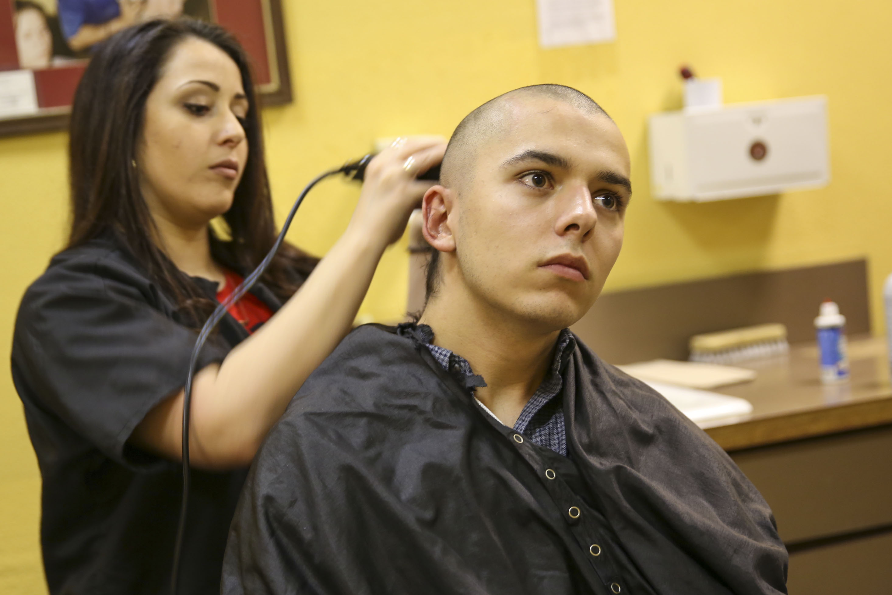 how to give a marine haircut
