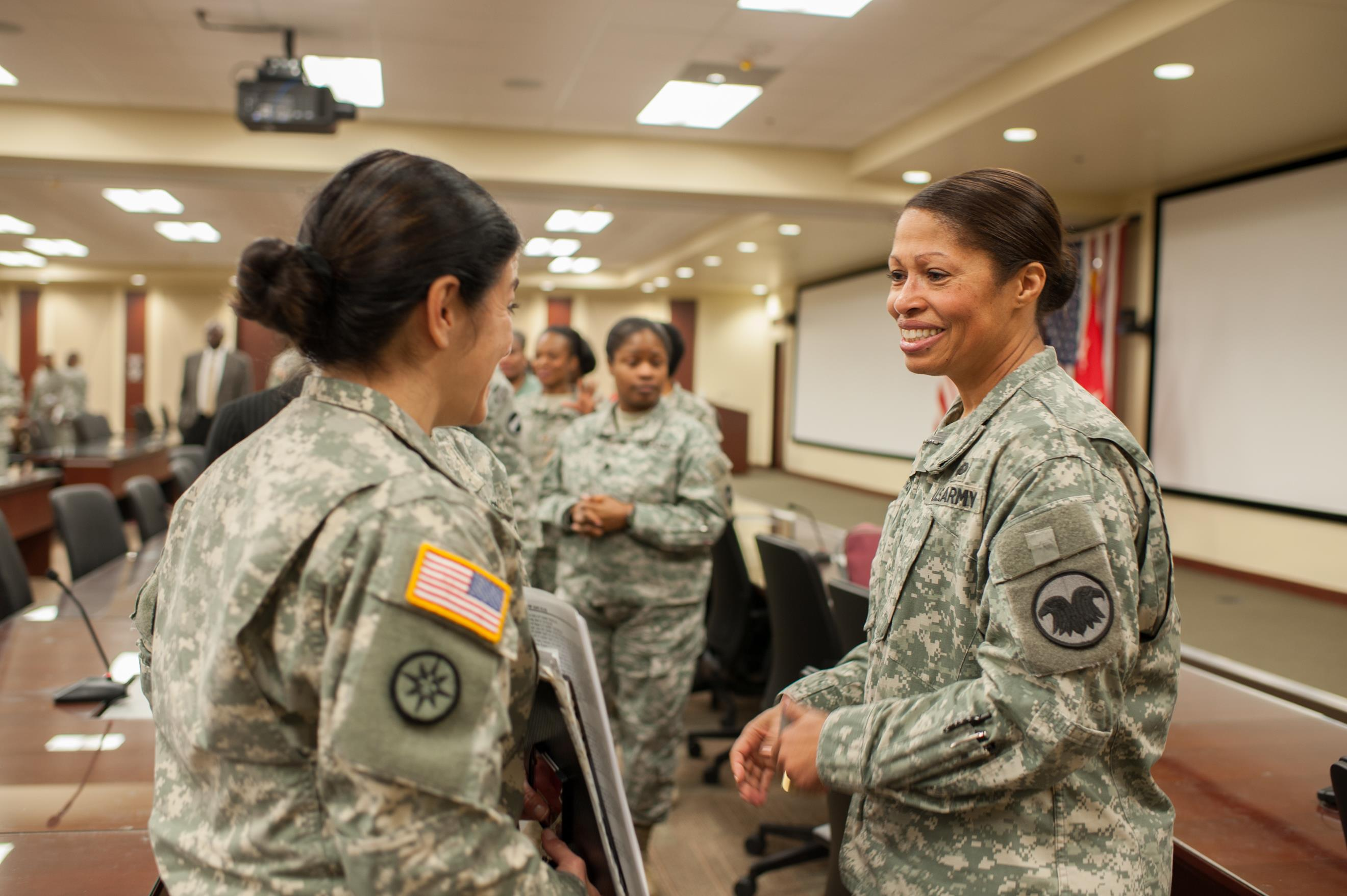 women and the military It's clear to all of us that women are contributing in unprecedented ways to the military's mission of defending the nation everyone is committed to doing the job, men and women.