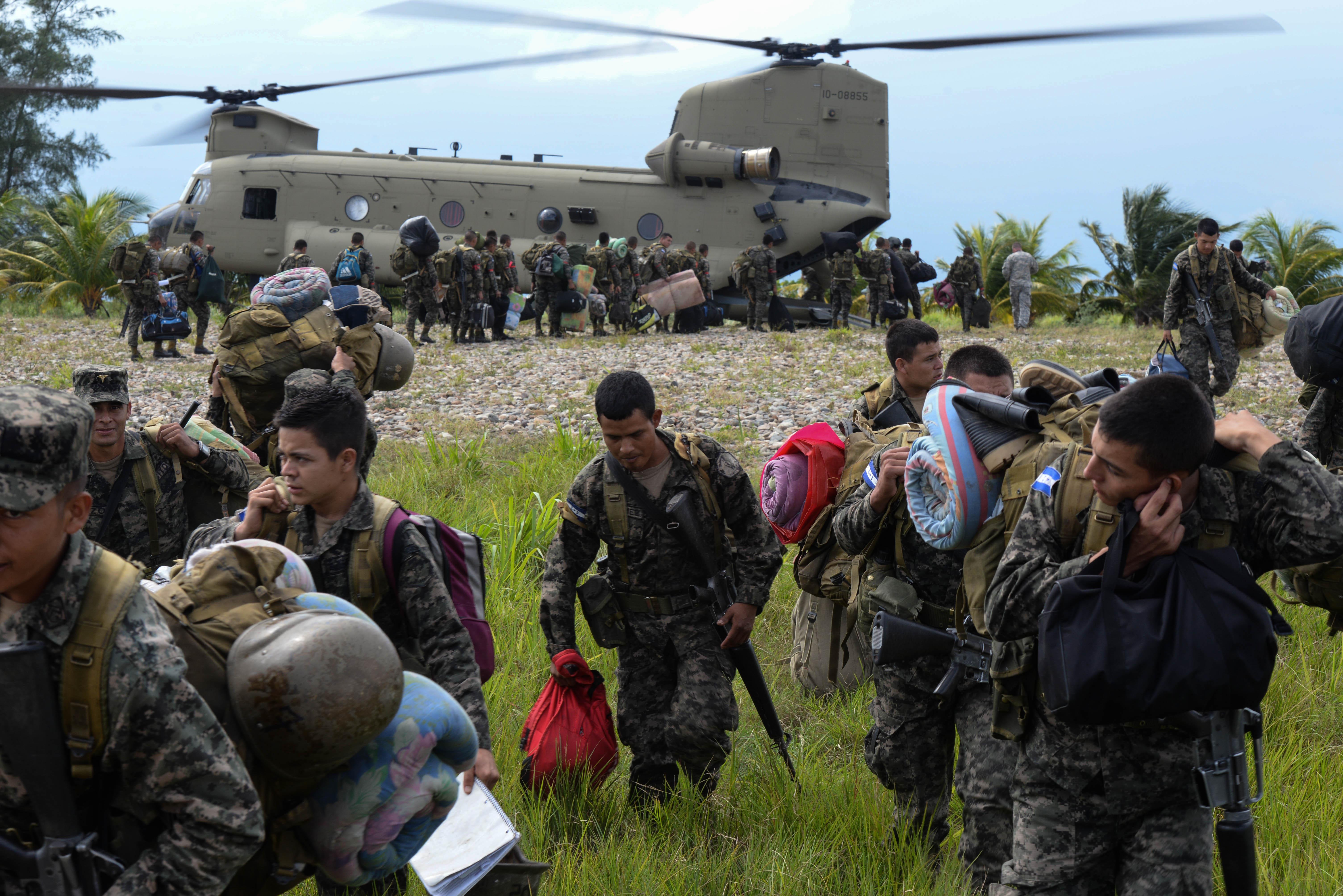 New Southcom Commander Visits Soto Cano Air Base Gt Joint