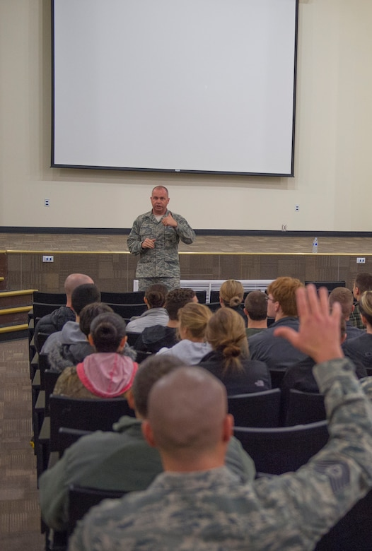 Command Chief Master Sergeant of the Air National Guard James W. Hotaling visits the 124th Fighter Wing at Gowen Field, Boise, Idaho, Jan. 9, 2016. Chief Master Sgt. James W. Hotaling took time during the visit to speak with 124th Fighter Wing's junior enlisted Airmen during an enlisted all call. (U.S. Air National Guard Photos by Tech. Sgt. Sarah Pokorney)