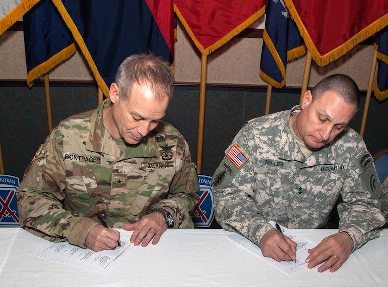 Active Guard Reserve >> Active Guard Reserve Leaders Sign Landmark Charter U S Army