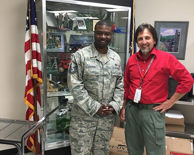 Master Sgt. Ray Harris from the I.G. Brown Training and Education Center meets with Veterans Adminstration representative Rob McDilda June 10, 2016, at the Mountain Home Veterans Administration Medical Center in northeast Tennessee.  (U.S. Air National Guard photo courtesy Master sgt. Ray Harris/Released)
