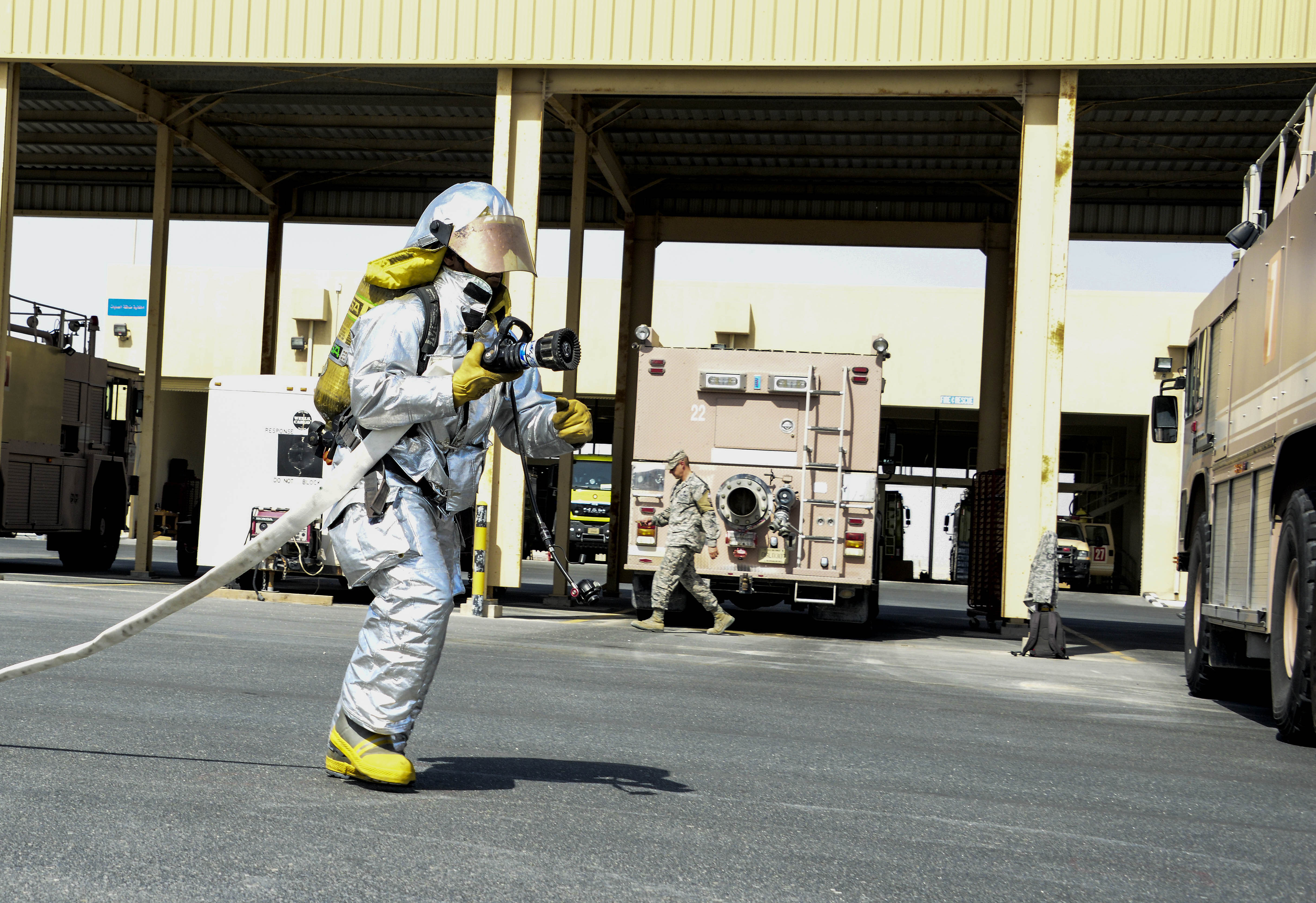 Firefighters beat the heat > U S  Air Forces Central Command