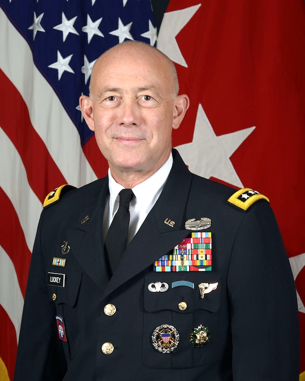 Lieutenant General Charles D. Luckey, Chief of Army Reserve and Commanding General, United States Army Reserve Command, poses for a command portrait in the Army portrait studio at the Pentagon in Arlington, VA, July 7, 2016.  (U.S. Army photo by Monica King/Released)