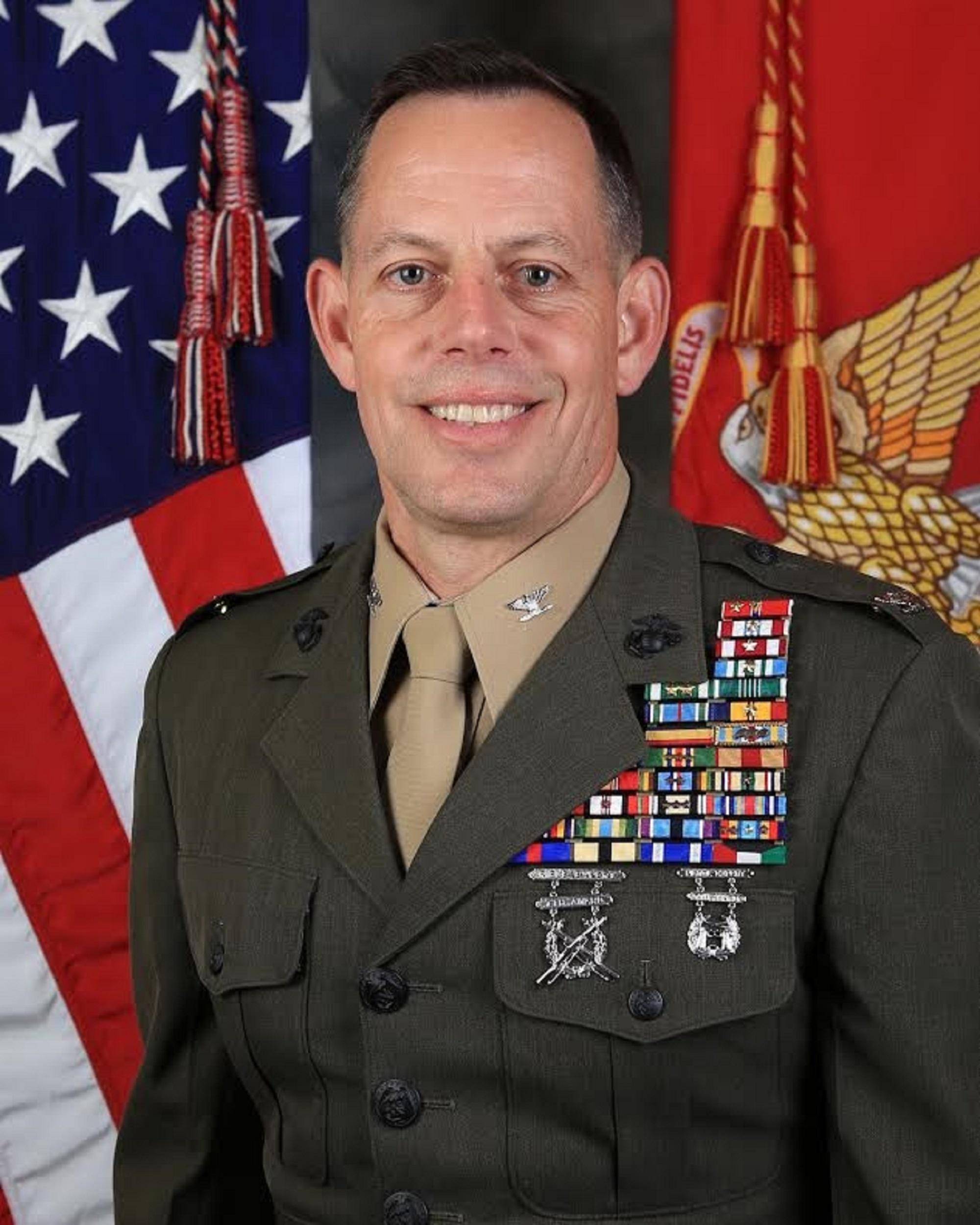 Col. C. D. Gideons > 1st Marine Division > Leaders
