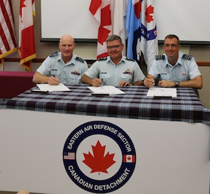 EADS Welcomes New Canadian Commander