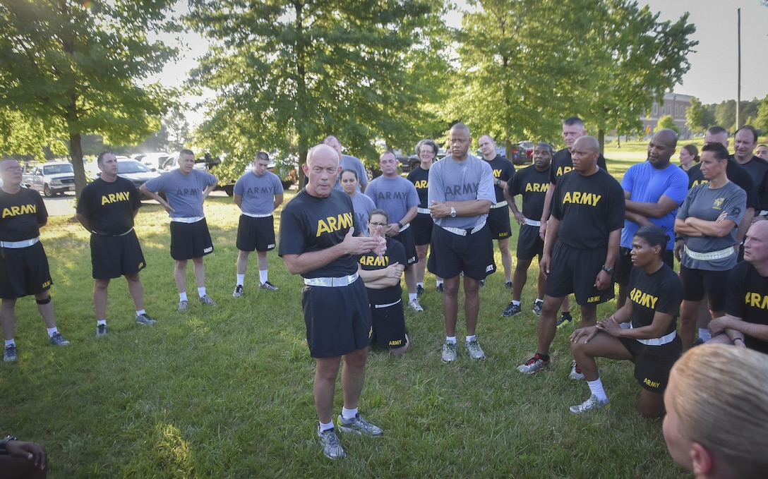 """Lt. Gen. Charles D. Luckey, Chief of Army Reserve and U.S. Army Reserve Commanding General,   talks to Soldiers assigned to the Office of the Chief, Army Reserve, after a morning run at Fort Belvoir, Virginia, July 8, 2016.  Luckey assumed duty as the Chief of Army Reserve and Commanding General, on June 30, 2016 and now leads a community-based force of more than 200,000 Soldiers and Civilians with a """"footprint"""" that includes 50 states, five territories, and more than 30 countries.  (U.S. Army photo by Master Sgt. Marisol Walker)"""