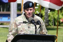 New Honolulu District Commander Lt. Col. James D. Hoyman makes his remarks during the Honolulu District Change of Command ceremony on Palm Circle at Fort Shafter.  At the ceremony Hoyman became the 70th Commander of the U.S. Army Corps of Engineers Honolulu District.