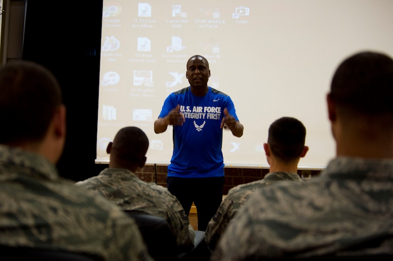 Retired U.S. Air Force Chief Master Sgt. Juan Lewis, known as the Fired Up Chief, speaks to NCOs during a Tier II private organization meeting at the Brick House on Spangdahlem Air Base, Germany, July 12, 2016. Lewis retired in 2012 after 28 years of military service. (U.S. Air Force Photo by Staff Sgt. Joe W. McFadden/Released)