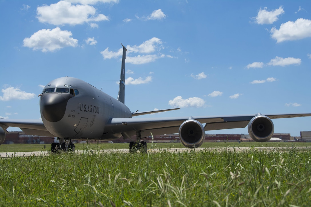 An 507th Air Refueling Wing KC-135 Stratotanker alert aircraft taxis from one ramp to another to accommodate for shifting winds during the June Operational Exercise 16 at Tinker AFB, Okla. JOE 16 areas of inspection included maintaining aircraft, securing critical assets, processing personnel and cargo, responding to and launching alert aircraft, running command post operations, and many other critical tasks. (U.S. Air Force Photo/Master Sgt. Grady Epperly)