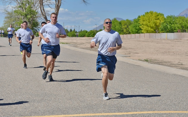 As Kirtland sees higher temperatures, those exercising outdoors in the warmer weather should take precautions to stay safe. (Photo by Jamie Burnett)