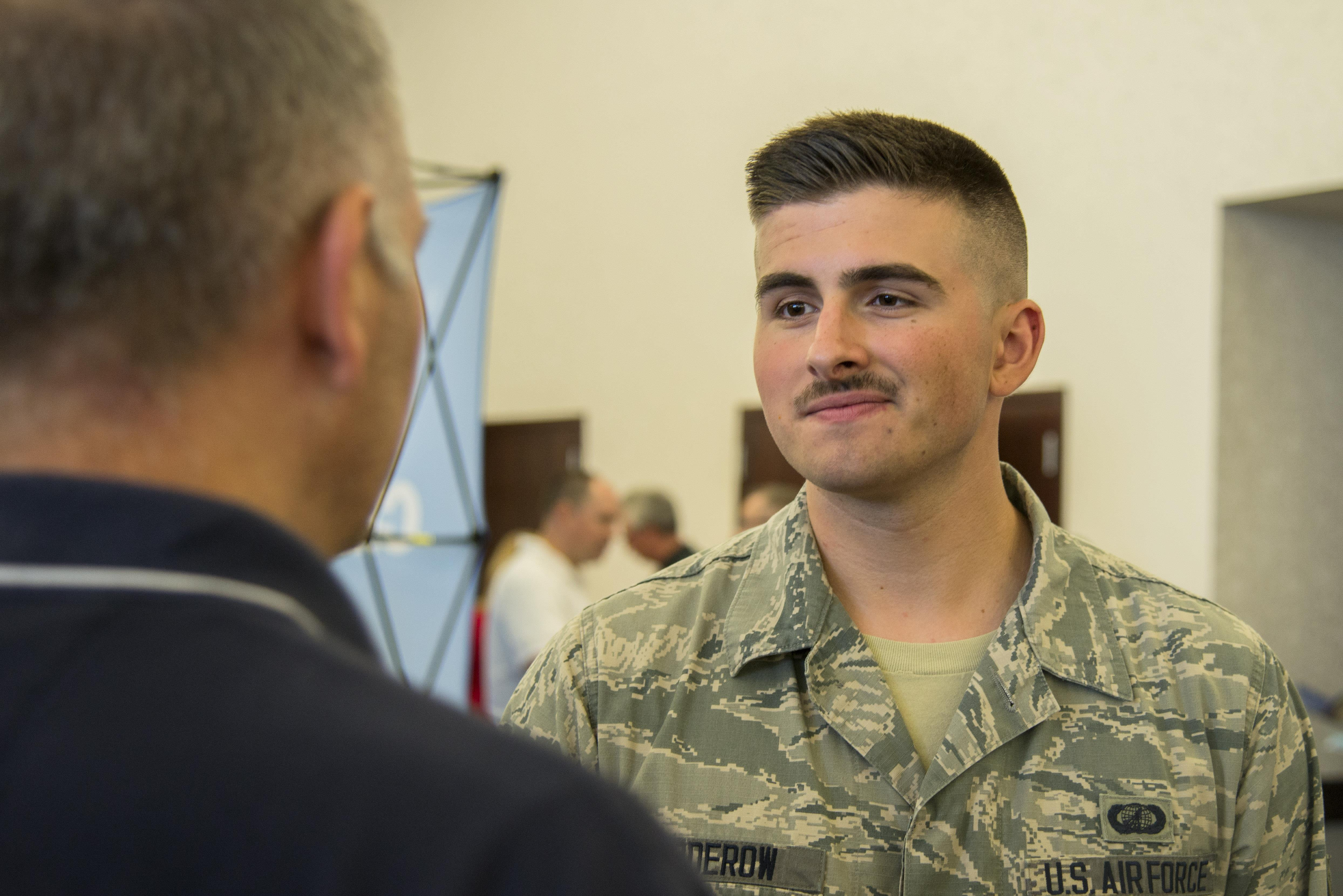 hindu single men in scott air force base An air force captain stationed at scott air force base was among four men killed saturday when their aircraft crashed in the zabul province of southern afghanistan.