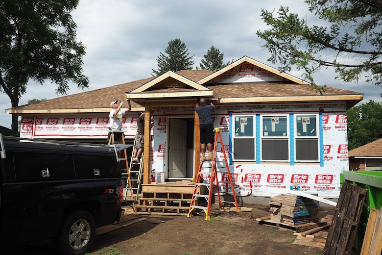 934th Airlift Wing volunteers help build a home in Bloomington, Minn. for Habitat for Humanity.
