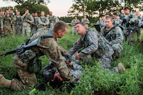 Soldiers practice medical evacuation procedures during Warrior Exercise 86-16-03 at Fort McCoy, Wis., July 17, 2016. Army photo by Sgt. Robert Farrell
