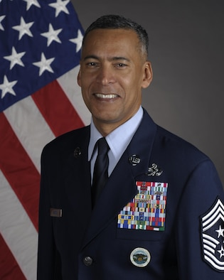 Official photo of Chief Master Sgt. Terrence Greene. (U.S. Air Force photo)