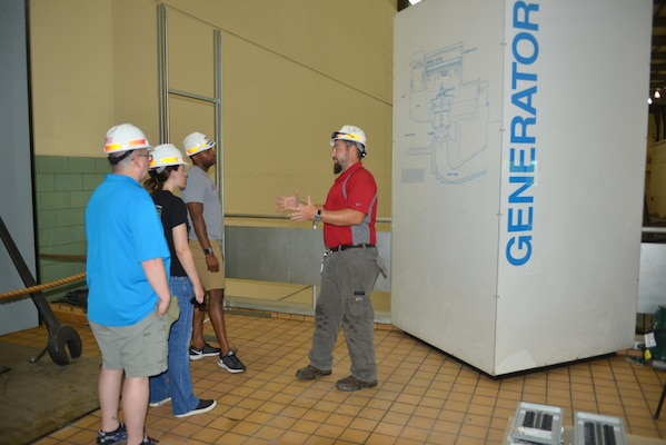 John Bell, a hydropower engineer at the Old Hickory Power Plant in Hendersonville, Tenn., explains how water is generated, it's functions and how it is managed to Stratford STEM High School teachers during an externship with the U.S. Army Corps of Engineers Nashville District July 21, 2016.