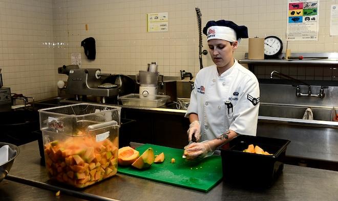 Dining facility fuels Team MacDill > MacDill Air Force ...