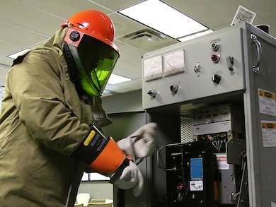 Lake Texoma maintenance worker, Mr. Jason Carr,  performs electrical maintenance while being evaluated during the final day of arc flash training. The Tulsa District, U.S. Army Corps of Engineers held arc flash electrical training classes for their maintenance staff May 17-19, 2016, specifially targeted at instructing National Fire Protection Association 70E curriculum. (Photo by Preston Chasteen/Released)