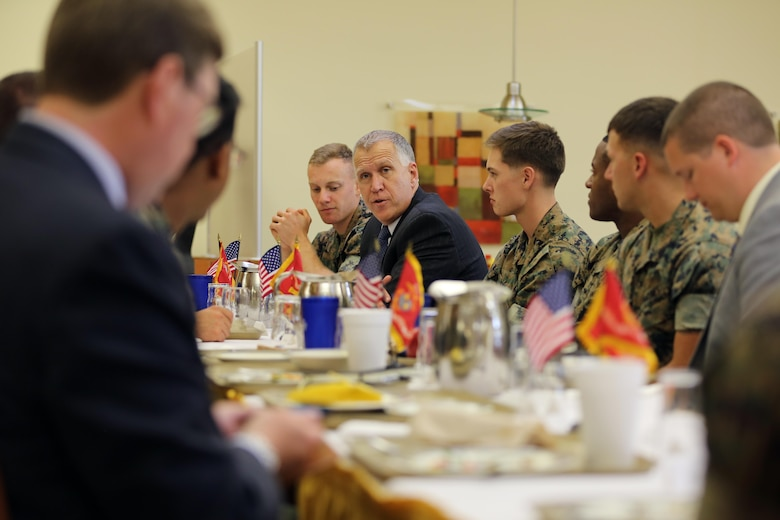 Sen. Thom Tillis talks to Marines during a visit at Marine Corps Air Station Cherry Point, N.C., June 1, 2016. Tillis visited the air station to address the needs and priorities of the base, and assess the Marine Corps' presence in North Carolina. Tillis also toured Fleet Readiness Center East. Tillis is a North Carolina senator. (U.S. Marine Corps photo by Lance Cpl. Mackenzie Gibson/Released)