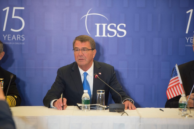 Defense Secretary Ash Carter speaks to reporters in Singapore, June 4, 2016. DoD photo by Navy Petty Officer 1st Class Tim D. Godbee
