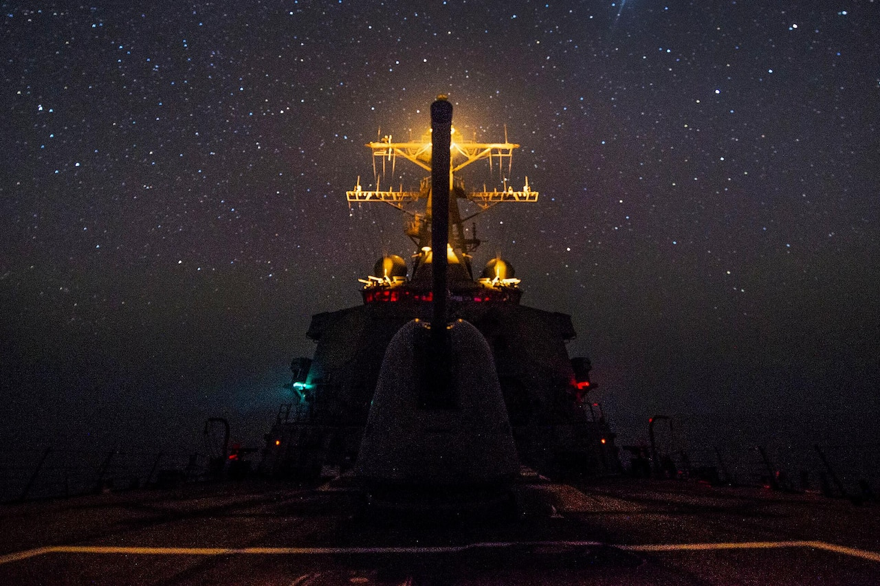 The USS Gonzalez transits the Gulf of Aden, June 1, 2016. The guided-missile destroyer is supporting Operation Inherent Resolve, maritime security operations and theater security cooperation efforts in the U.S. 5th Fleet area of operations. Navy photo by Petty Officer 3rd Class Pasquale Sena