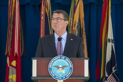 """Defense Secretary Ash Carter announces new """"Force of the Future"""" initiatives at the Pentagon, June 9, 2016. DoD photo by Navy Petty Officer 1st Class Tim D. Godbee"""