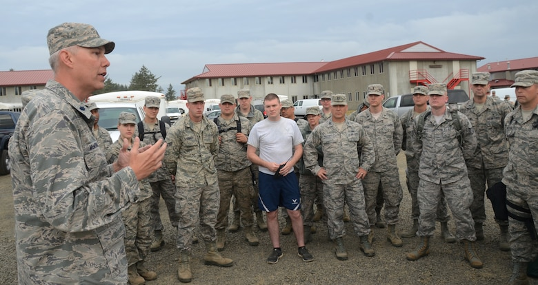 Kentucky Air National Guard Lt. Col. Brian McMorrow, Medical Plans Operations, 123rd AW, address Oregon Air National Guard members prior to the second day of training at Camp Rilea, during the Cascadia Rising exercise, Warrenton, Ore., June 8, 2016. Cascadia Rising scenario is a 9.0 magnitude earthquake along the Cascadia Subduction Zone (CSZ) resulting in a tsunami, testing first responders, emergency management and public safety officials in the Pacific Northwest. (U.S. Air National Guard photo by Tech. Sgt. John Hughel, 142nd Fighter Wing Public Affairs/Released)