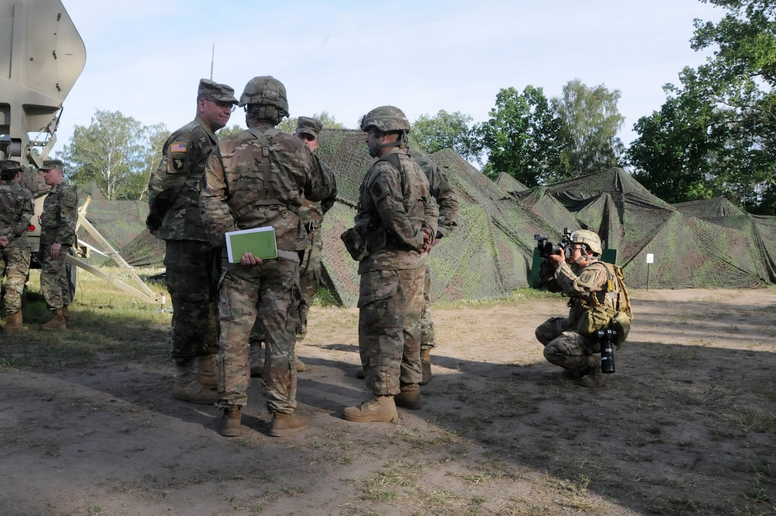 Lt. Gen. Ben Hodges, commander of U.S. Army Europe, visits the operation center for the 30th Medical Company during Anakonda 2016, June 9 in Warsaw, Poland.  Anakonda 2016 is one of U.S. Army Europe's premier multinational training events, which features 24 nations and seeks to train, exercise and integrate Polish national command and force structures into an allied, joint, multinational environment.