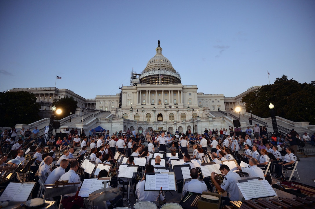 The U.S. Air Force Band plays the opening concert during the 2016 summer concert series at the U.S. Capitol in Washington, D.C., on June 7, 2016. The series runs from Memorial Day weekend to Sept. 2, with concerts at the Capitol, National Harbor, Air Force Memorial and throughout the National Capitol Region. (U.S. National Guard photo/Staff Sgt. Christopher S. Muncy)