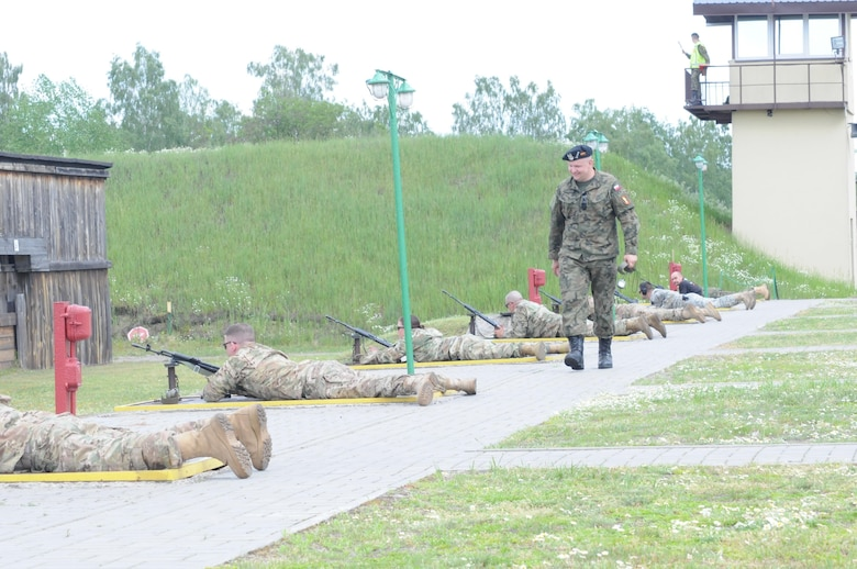 U.S. Army Reserve and U.S Army Europe Soldiers compete against Polish Army Soldiers in a Marksmanship competition at the Warszawsk Brygada Range here, May 28, 2016.