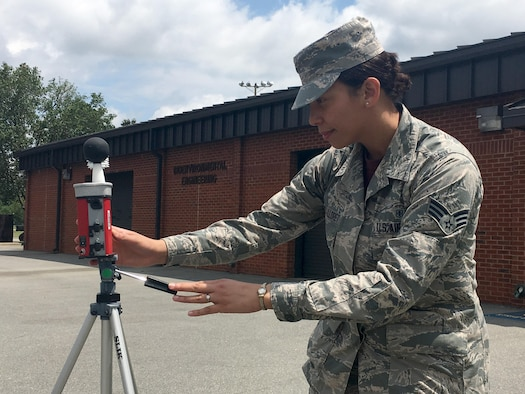 Senior Airman Amanda Vasquez-Lloret, a 4th Aerospace Medicine Squadron bioenvironmental engineering specialist, checks readings on a Web Bulb Globe Temperature heat stress monitor, June 17, 2016, at Seymour Johnson Air Force Base, North Carolina. The 4th AMDS bioenvironmental engineering flight monitors humidity, air temperature and radiant heat effects to determine heat stress risk flag categories and work/rest cycles. (Courtesy Photo)