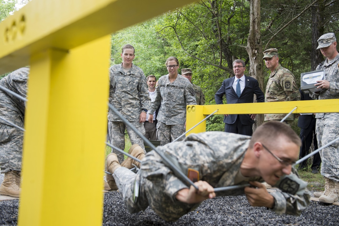 Defense Secretary Ash Carter observes U.S. Army ROTC cadets taking part in the Cadets Leader Course at Fort Knox, Ky., June 22, 2016. Carter's visit was part of a trip to highlight his Force of the Future initiative. DoD photo by Staff Sgt. Brigitte N. Brantley