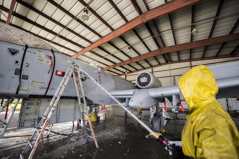 A U.S. Air Force Airman from the 23d Aircraft Maintenance Squadron washes an A-10C Thunderbolt II, June 16, 2016, at Moody Air Force Base, Ga. Maintenance procedures require that the A-10s are washed at least every 180 days. (U.S. Air Force photo by Airman Daniel Snider/Released)