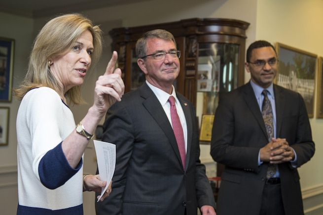 Defense Secretary Ash Carter, center, speaks with Deputy Energy Secretary Liz Sherwood-Randall at a ceremony to present her with the Defense Department's Nunn-Lugar Award at the Pentagon, June 24, 2016. For more photos of the event, visit Carter's Flickr page. DoD photo by Air Force Staff Sgt. Brigitte N. Brantley
